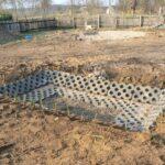 Budowa denitryfikacyjnego złoża korzeniowego- wykończone płytą ażurową